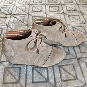 TOMS Tan Suede Wedge Ankle Booties